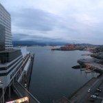 Photo de Fairmont Waterfront