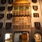 Goldenes Dachl at night