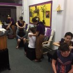 The Studio offers free 5-10 minute introductory massages to passing clients.