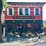 صورة فوتوغرافية لـ Marciano