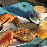 Strada Cafe Monge Foto