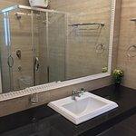 Garden Villa Unit Bathroom