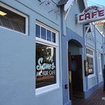 Entry to Sam's Anchor Cafe