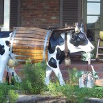 The cow sculpture in front of the Paso Robles Inn.