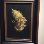 Deze 17e eeuwse spotprent laat ondersteboven de duivel zien, als alter ego van de afgebeelde pau