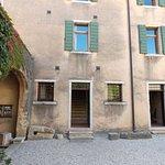 Il Castello Scaligero di Torri del Benaco Foto