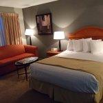 Photo de The Enclave Hotel & Suites