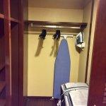 Imperial Suite / Presidential Suite (Room 8040) - Walk-in Closet