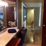 Imperial Suite / Presidential Suite (Room 8040) - Bathroom