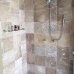 Imperial Suite / Presidential Suite (Room 8040) - Shower