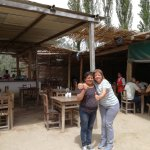 Con Josefina, la propietaria