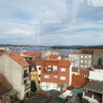 Vista desde la terraza ático del hotel a la ria de Latoja