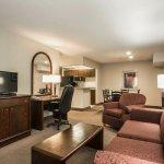 Photo of Econo Lodge Maple Ridge
