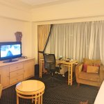 Well laid out room, with comfortable seating