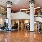 Large lobby gives a sens of space