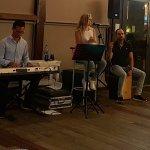 Die LiveMusik war super(!), die Inszenierung etwas lieblos