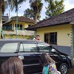 Photo de Lembah Sarimas Hotel
