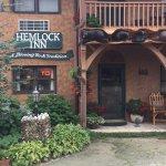 Photo de Hemlock Inn