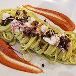 Pasta with shrimp and pistachio