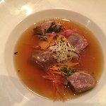 Bouillon Thai avec magret canard et julienne de légumes
