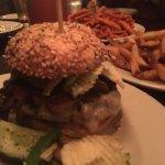 TAG Burger Bar의 사진