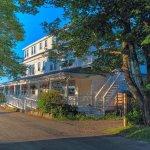 The East Wind Inn Foto