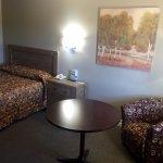 (NEW!) Single Room