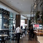 Photo de Media One Hotel Dubai