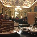 Photo de Book Cafe - Lotz Terem