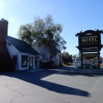 Photo of Colonial Motel & Spa