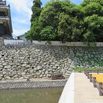 Note the extension of the stone foundation by Hosokawa on the left.