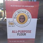 King Arthur Flour: Bakery, Café, School, and Store Foto