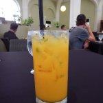 Alcohol free mango mojito