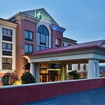 Welcome to the Holiday Inn Express Greenville Downtown Hotel