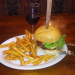 Cajun Burger served with French Fries pairing with Zinfandel wine
