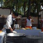 Demostración de cocina del cheff del hotel