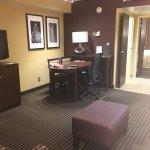 Photo de Embassy Suites by Hilton Hotel Des Moines Downtown
