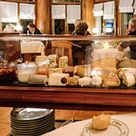 The cheese trolley at 6 euros is a bargain.