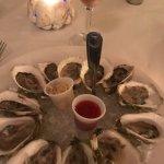 Oyster Company Raw Bar & Grill Foto