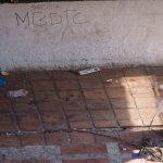 und nicht erst seit kurzer Zeit. 9/02/17 wurde schon auf die Wand gemalt.