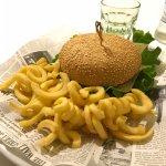 Hamburger di fassona e patatine twist😋