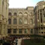 Photo de Palace of Parliament