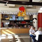 Foto de St-Hubert Express