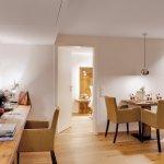 Photo de Hotel Adler Haeusern