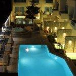 Foto de Kosmoplaz Beach Hotel & Resort