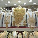 Extraordinary gold jewelery