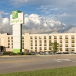 Welcome to the Holiday Inn Cleveland South Independence