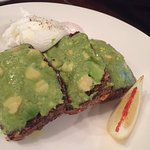 eggs with avocado on seeded toast