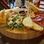 'Selezione' Wine Tasting Cheese, bread and meat board