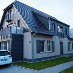 Oskar-Frentzel-Haus; mittig gelegen